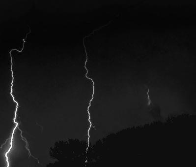 lightning-503155_1280